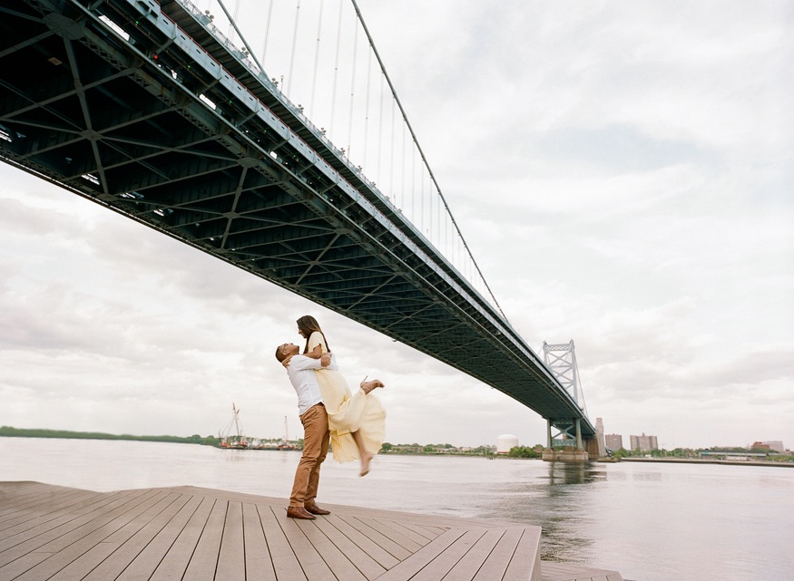 Spring engagement session on Race Street Pier.