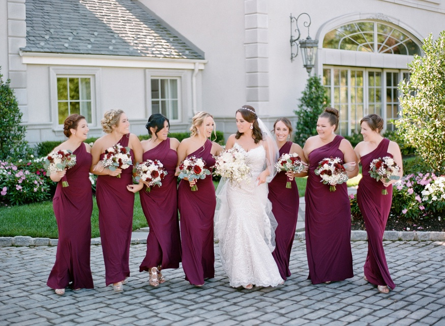 Bridesmaids with Designs by Linda Florals at the Park Chateau wedding.