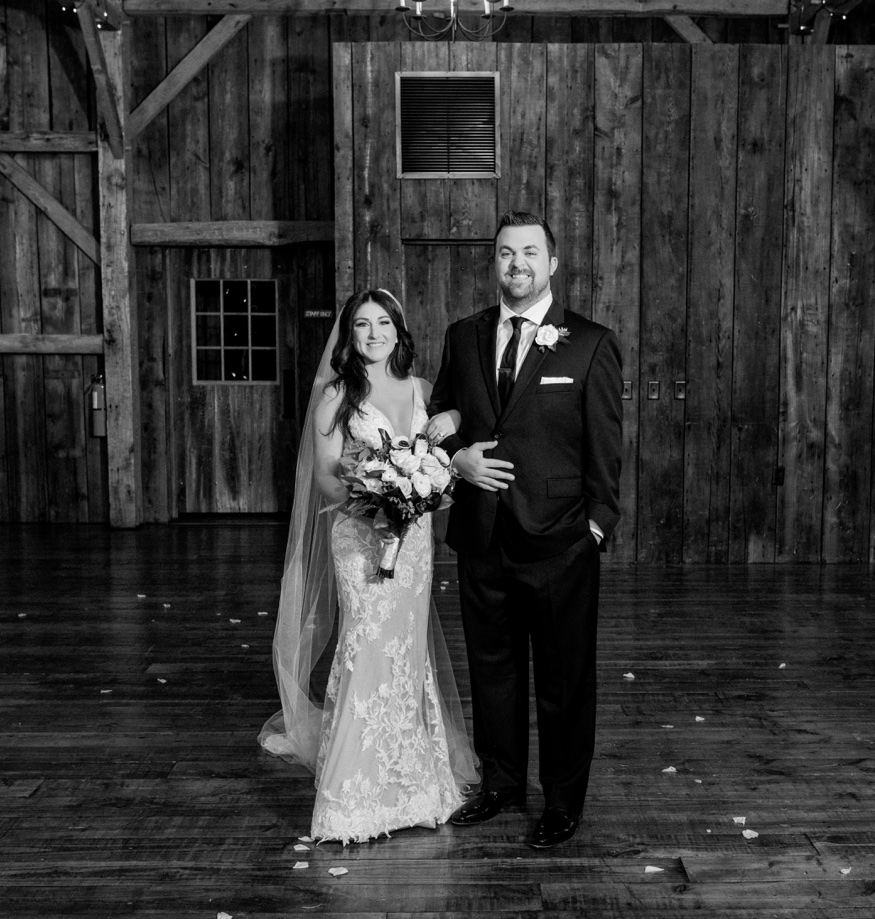 Bride & Groom portraits at Brandywine Manor House wedding.