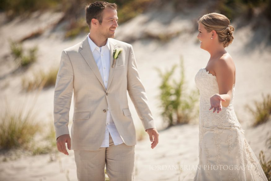 groom seeing bride for the first time at ocean city wedding