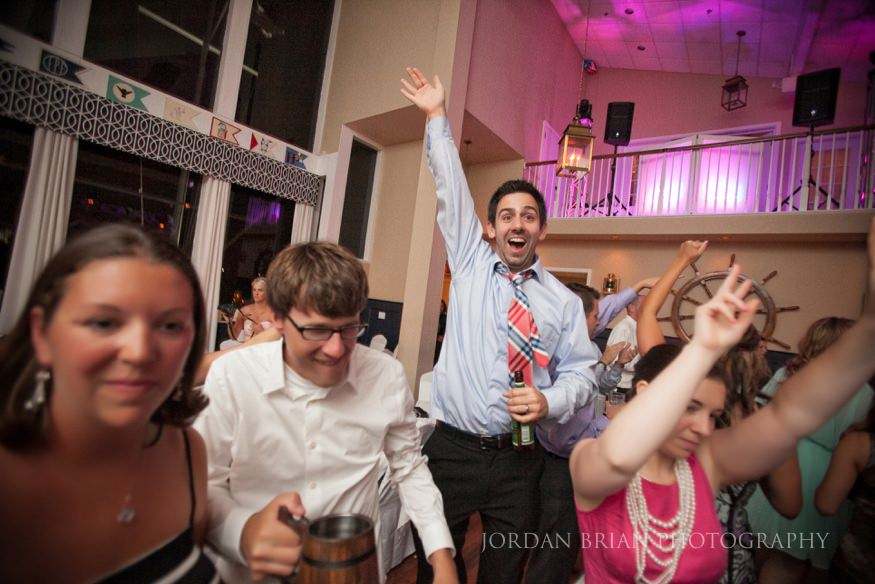 guest dancing at ocean city yacht club wedding