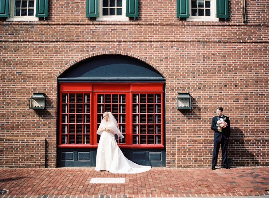 Bride and groom portraits outside Olde Bar Philadelphia wedding.