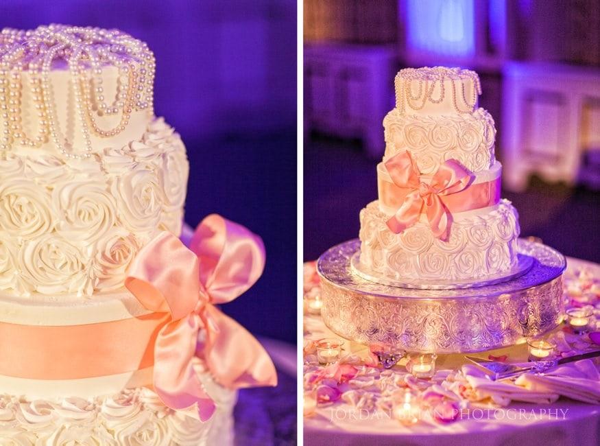 Wedding cake at Ballroom at the Ben