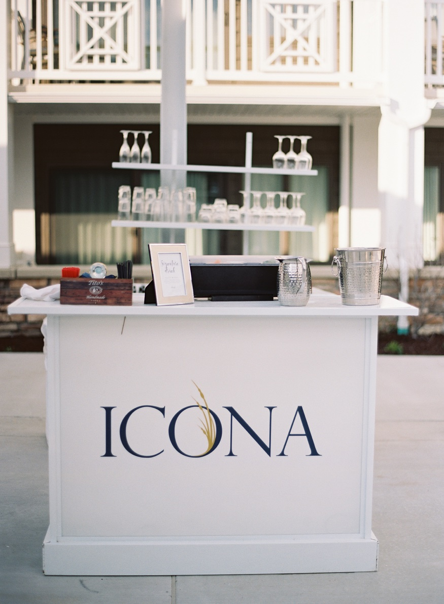 Outdoor bar at Icona Avalon wedding.
