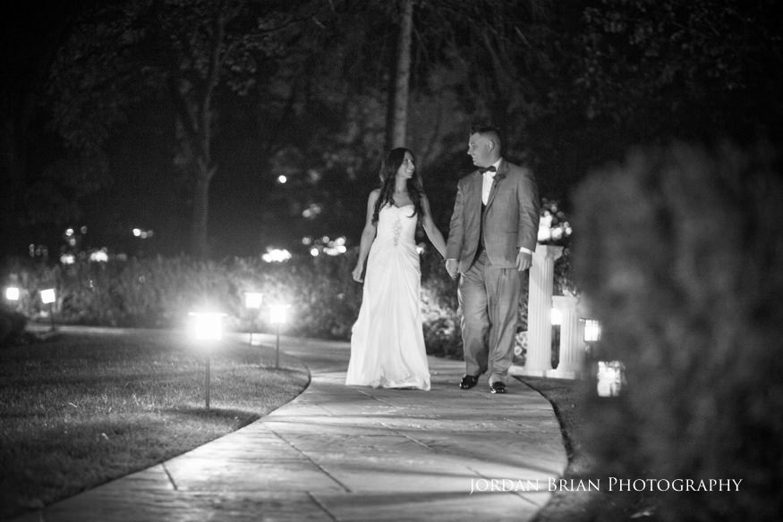 bride and groom night shots at knowlton mansion