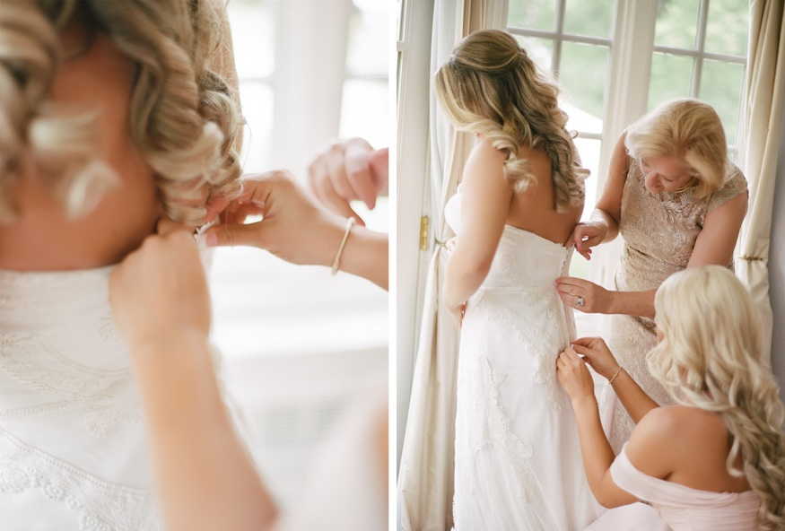 Bride getting ready in her Jane Hill dress at New Jersey backyard wedding.