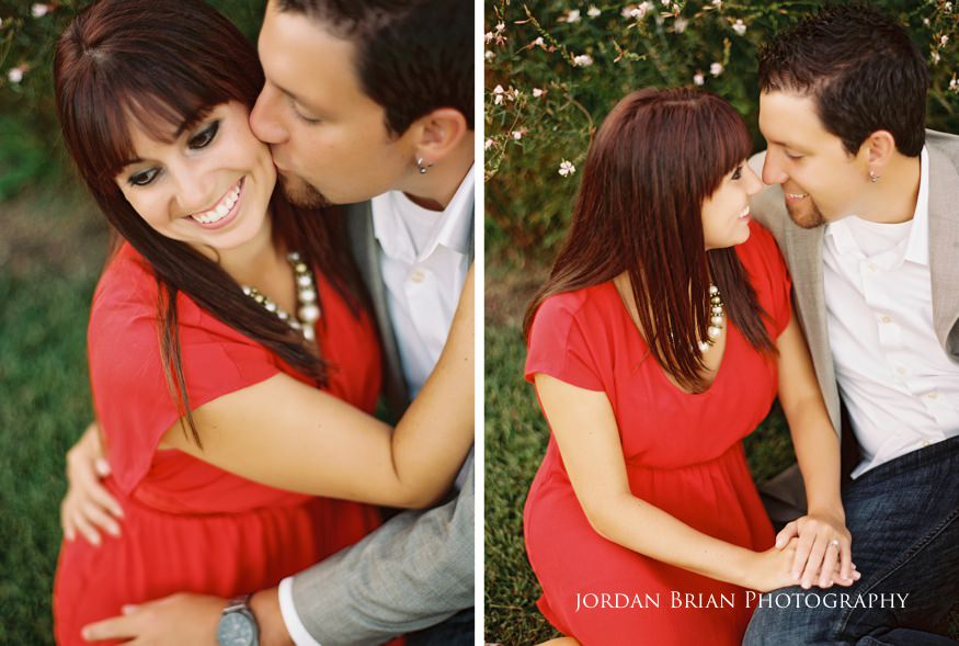 couple kiss at chesapeake city engagement session