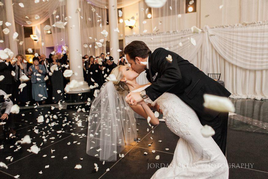 rose petal cannon Atrium at the curtis center wedding in philadelphia