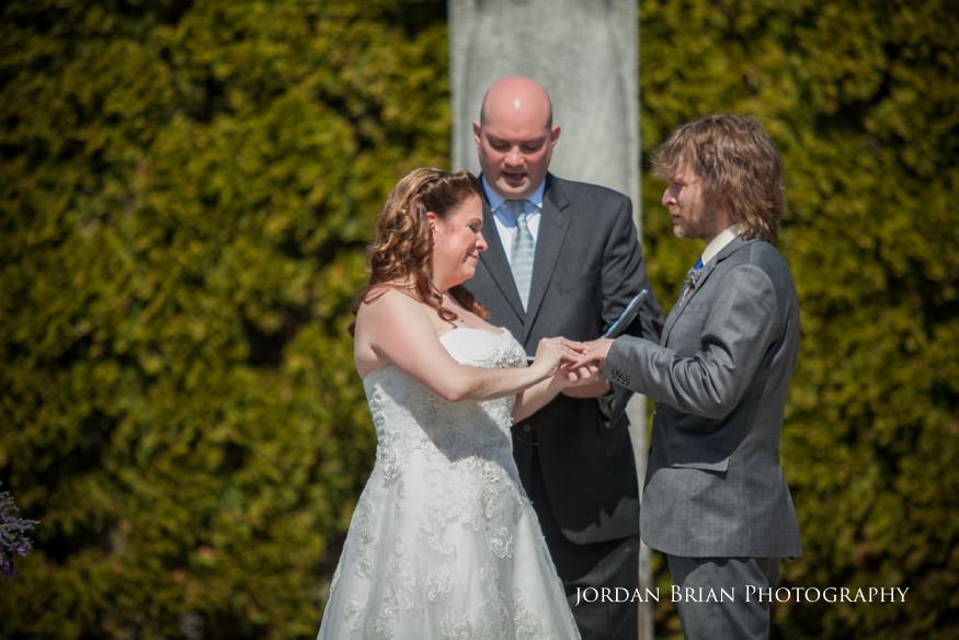 Marriage ceremony at Grounds for Sculpture in Hamilton, NJ