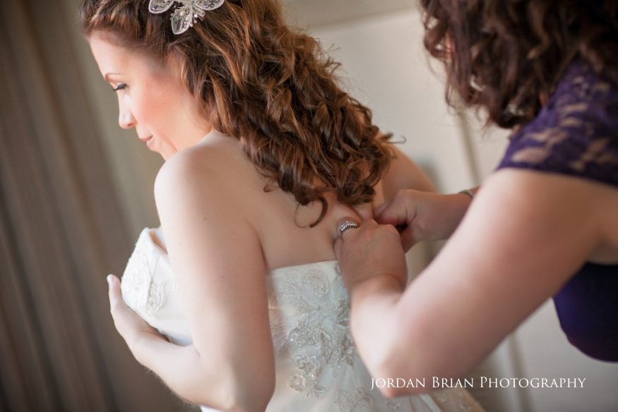 Bridal preps before Grounds for Sculpture wedding