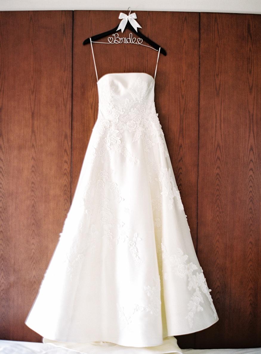 Liancarlo wedding dress from Kleinfeld's at Brooklyn Botanic Garden weddng.