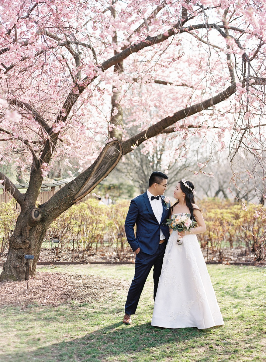 Brooklyn Botanic Garden Wedding Spring Cherry Blossoms