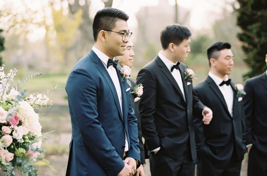 Outdoor wedding cermeony at Spring Brooklyn Botanic Garden wedding.